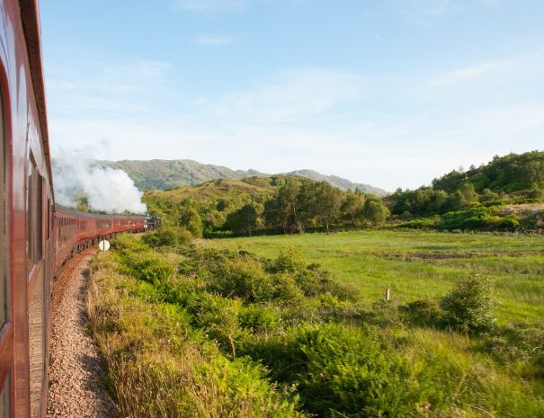 steam-train-1814048_1920